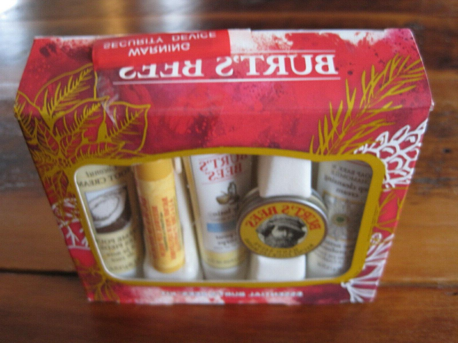 Burt's Set Essentials Gifts Balm Travel Size 5