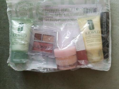 Clinique GIFT BAG with 6 Pc Brand