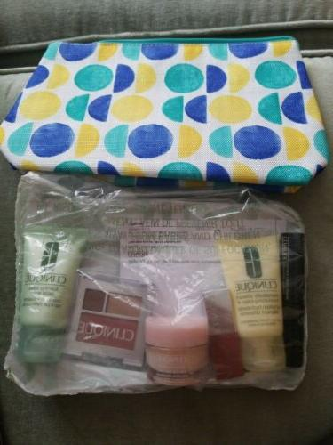 gift bag with 6 pc cosmetics set